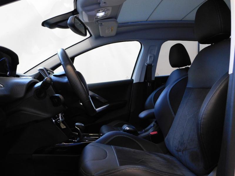 Photo 16 de l'offre de PEUGEOT 2008 1.2 PureTech 110ch Crossway S&S EAT6 à 17490€ chez Autovia Véhicules Multimarques