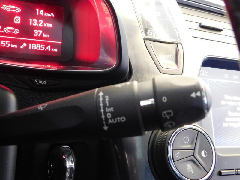 Photo 14 de l'offre de CITROEN DS5 2.0 BlueHDi180 So Chic S&S EAT6 à 14990€ chez Autovia Véhicules Multimarques