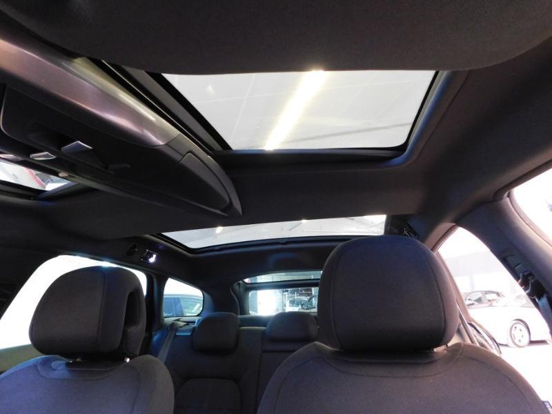 Photo 10 de l'offre de CITROEN DS5 2.0 BlueHDi180 So Chic S&S EAT6 à 14990€ chez Autovia Véhicules Multimarques