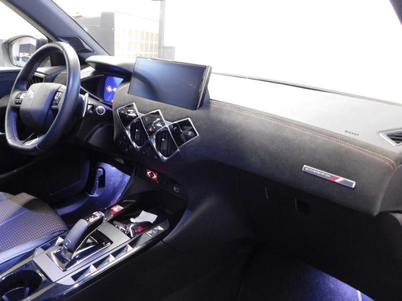 Photo 8 de l'offre de DS DS 3 Crossback PureTech 130ch Performance Line Automatique à 28990€ chez Autovia Véhicules Multimarques