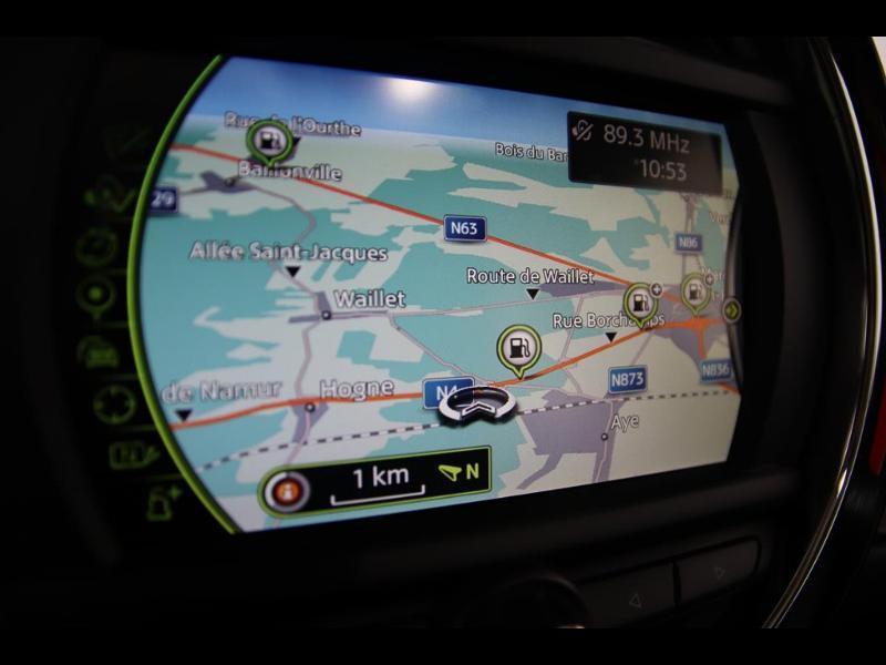 Photo 18 de l'offre de MINI Clubman Cooper D 150ch BVA à 17900€ chez Autovia Véhicules Multimarques