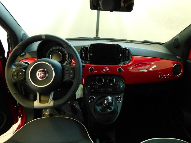 Photo 2 de l'offre de FIAT 500C 1.0 70ch BSG S&S Sport à 17690€ chez Autovia Véhicules Multimarques
