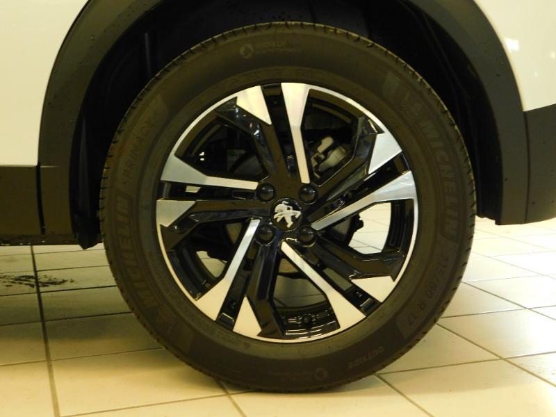 Photo 4 de l'offre de PEUGEOT 2008 1.5 BlueHDi 100ch S&S GT Line à 29390€ chez Autovia Véhicules Multimarques