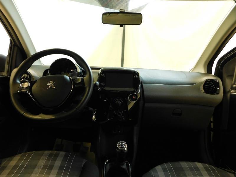 Photo 2 de l'offre de PEUGEOT 108 VTi 72 Allure S&S 85g 5p à 12990€ chez Autovia Véhicules Multimarques