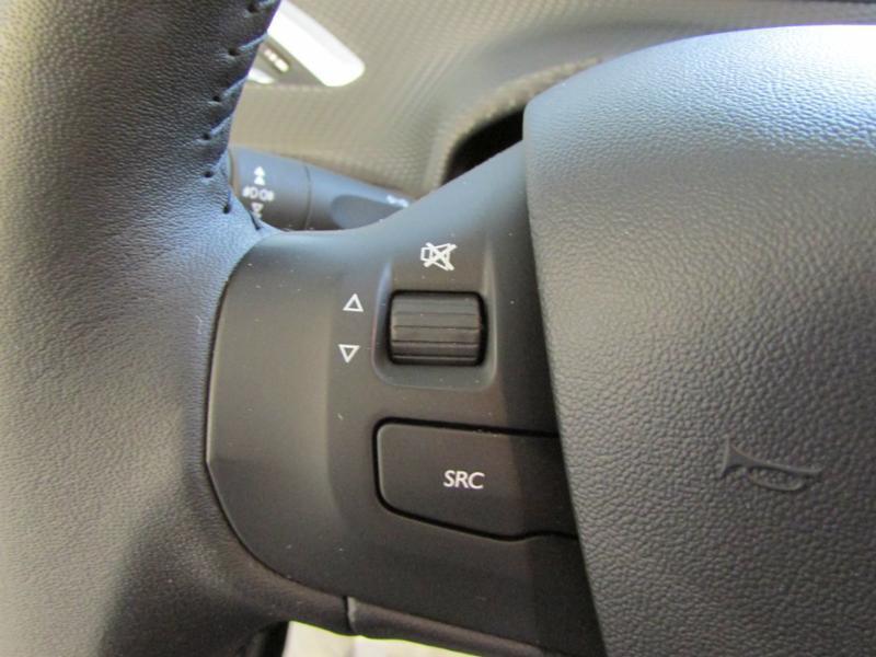 Photo 12 de l'offre de PEUGEOT 2008 1.6 BlueHDi 100ch Active Business S&S à 10490€ chez Autovia Véhicules Multimarques