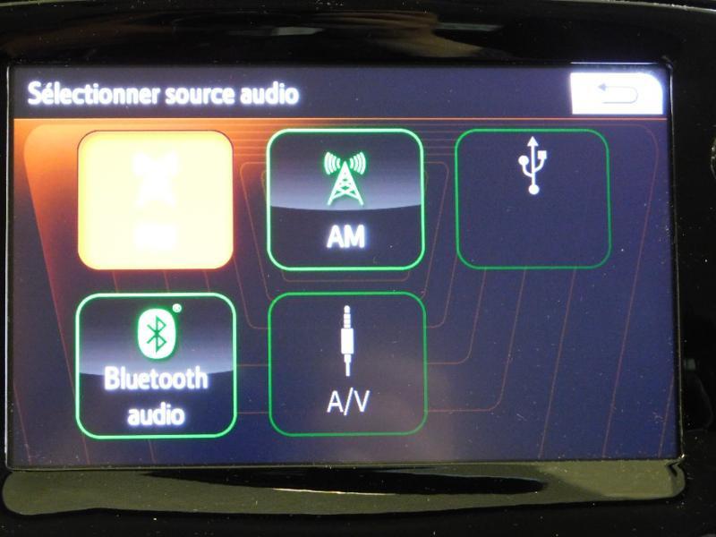 Photo 17 de l'offre de PEUGEOT 108 VTi 72 Allure S&S 85g 5p à 12990€ chez Autovia Véhicules Multimarques
