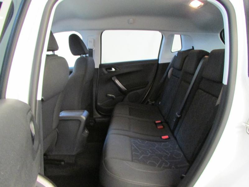 Photo 19 de l'offre de PEUGEOT 2008 1.6 BlueHDi 100ch Active Business S&S à 10490€ chez Autovia Véhicules Multimarques