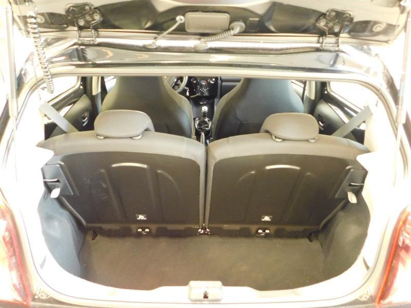 Photo 4 de l'offre de PEUGEOT 108 VTi 72 Allure S&S 85g 5p à 12990€ chez Autovia Véhicules Multimarques