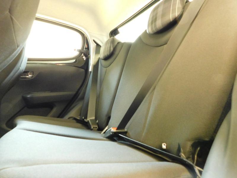 Photo 9 de l'offre de PEUGEOT 108 VTi 72 Allure S&S 85g 5p à 12990€ chez Autovia Véhicules Multimarques