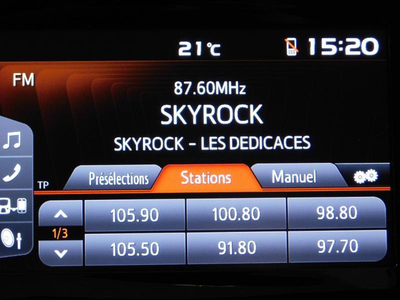Photo 16 de l'offre de PEUGEOT 108 VTi 72 Allure S&S 85g 5p à 12990€ chez Autovia Véhicules Multimarques