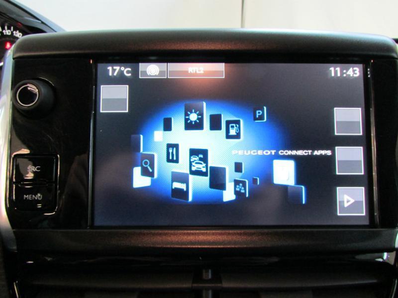 Photo 17 de l'offre de PEUGEOT 2008 1.6 BlueHDi 100ch Active Business S&S à 10490€ chez Autovia Véhicules Multimarques
