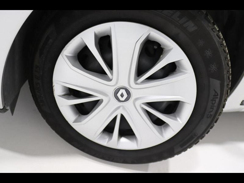 Photo 5 de l'offre de RENAULT Clio 1.5 dCi 90ch energy Zen 82g 5p à 12990€ chez Autovia Véhicules Multimarques
