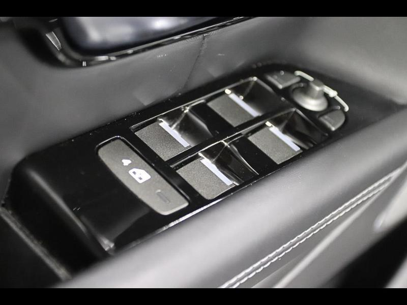Photo 13 de l'offre de LAND-ROVER Evoque Cabriolet 2.0 TD4 150 HSE Dynamic BVA Mark IV à 43990€ chez Autovia Véhicules Multimarques