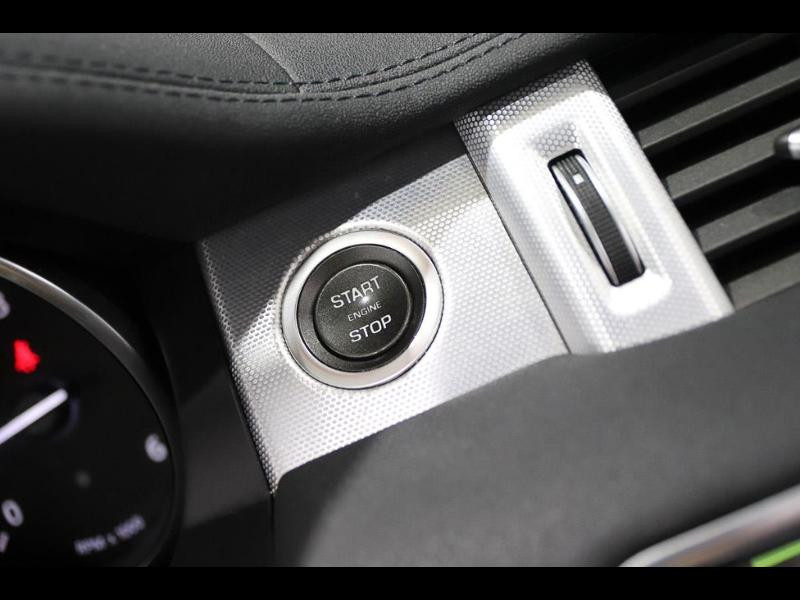 Photo 21 de l'offre de LAND-ROVER Evoque Cabriolet 2.0 TD4 150 HSE Dynamic BVA Mark IV à 43990€ chez Autovia Véhicules Multimarques