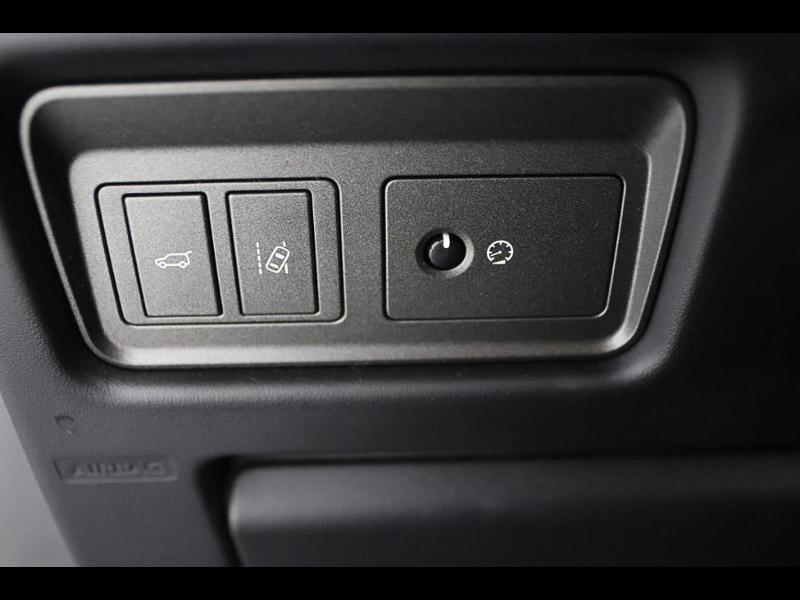Photo 16 de l'offre de LAND-ROVER Evoque Cabriolet 2.0 TD4 150 HSE Dynamic BVA Mark IV à 43990€ chez Autovia Véhicules Multimarques