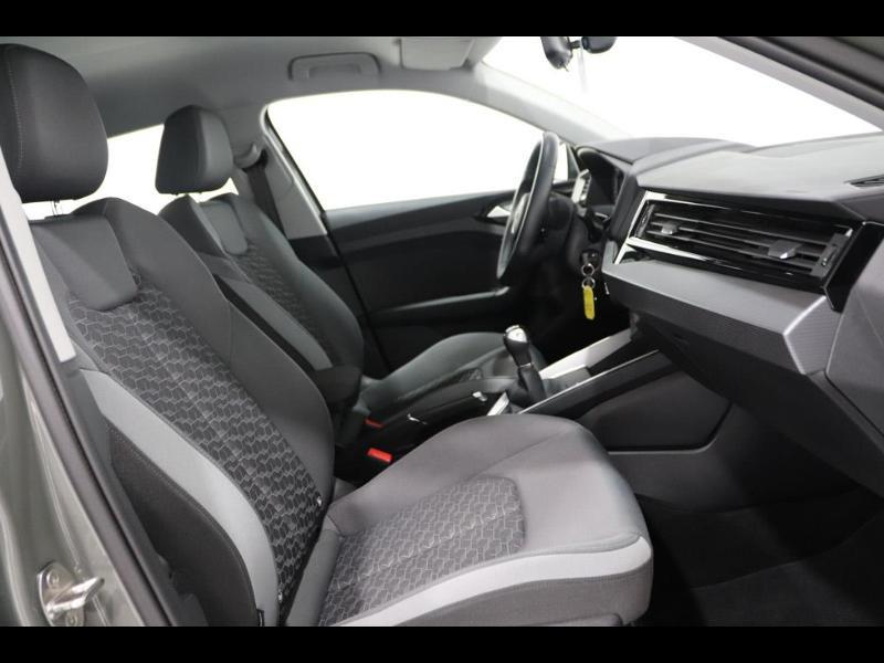 Photo 14 de l'offre de AUDI A1 Sportback 30 TFSI 116ch S line à 25990€ chez Autovia Véhicules Multimarques