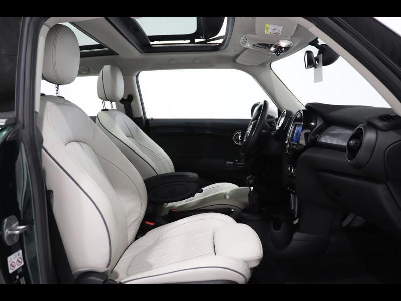Photo 10 de l'offre de MINI Mini Cooper 136ch à 21990€ chez Autovia Véhicules Multimarques