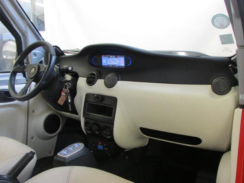 Photo 7 de l'offre de CITROEN e-Mehari Electrique à 9500€ chez Autovia Véhicules Multimarques