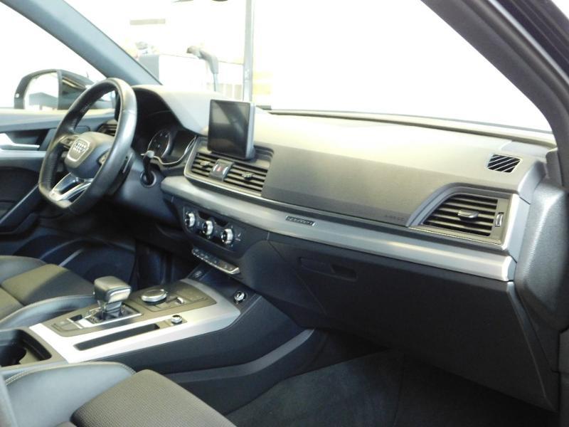 Photo 11 de l'offre de AUDI Q5 2.0 TDI 190ch S line quattro S tronic 7 à 37500€ chez Autovia Véhicules Multimarques