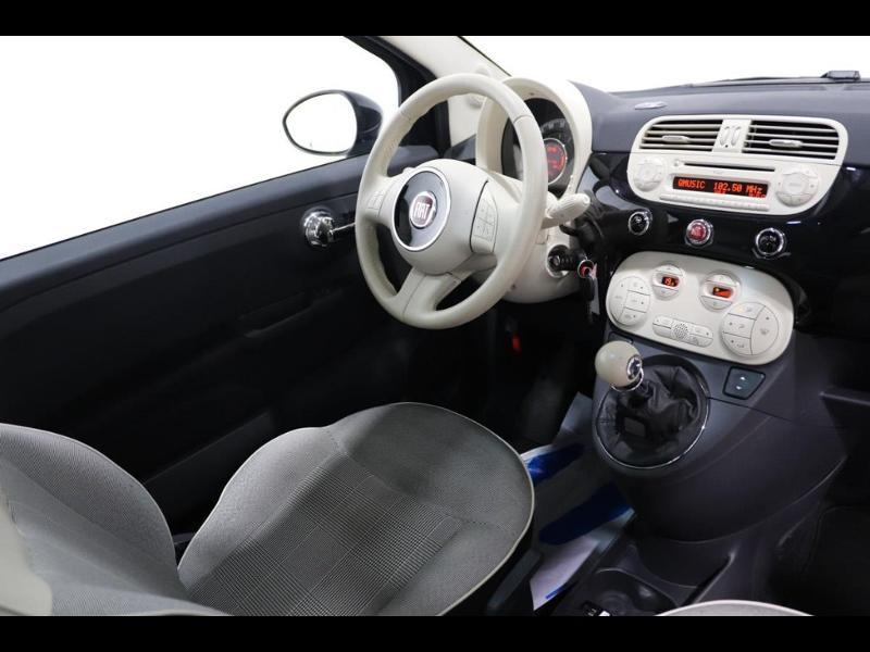 Photo 2 de l'offre de FIAT 500 1.2 8v 69ch Lounge à 10990€ chez Autovia Véhicules Multimarques