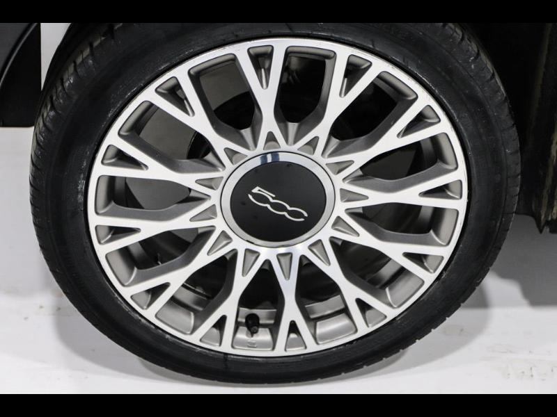 Photo 5 de l'offre de FIAT 500 1.2 8v 69ch Lounge à 10990€ chez Autovia Véhicules Multimarques