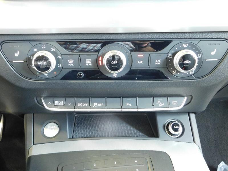 Photo 19 de l'offre de AUDI Q5 2.0 TDI 190ch S line quattro S tronic 7 à 37500€ chez Autovia Véhicules Multimarques
