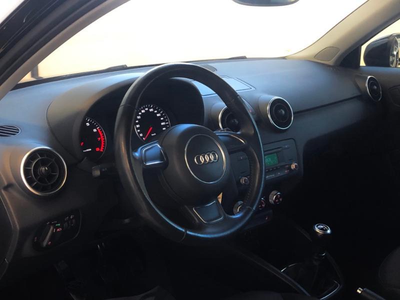 Photo 11 de l'offre de AUDI A1 1.2 TFSI 86ch Ambiente à 11990€ chez Autovia Véhicules Multimarques