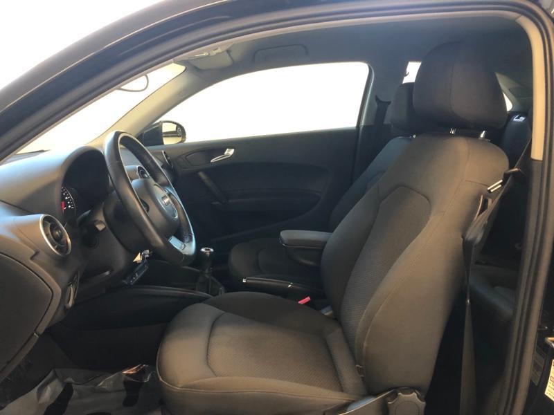 Photo 16 de l'offre de AUDI A1 1.2 TFSI 86ch Ambiente à 11990€ chez Autovia Véhicules Multimarques