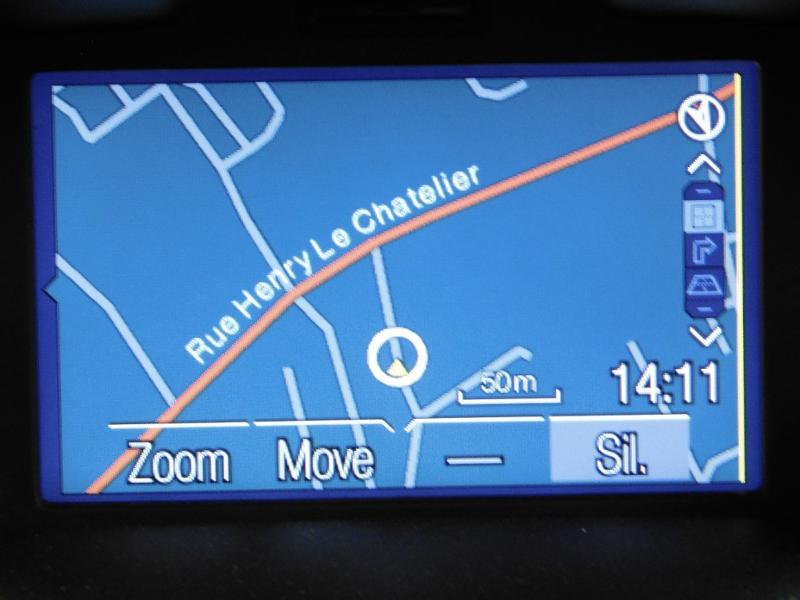 Photo 21 de l'offre de FORD B-MAX 1.0 SCTi 100ch EcoBoost Stop&Start Edition à 11290€ chez Autovia Véhicules Multimarques