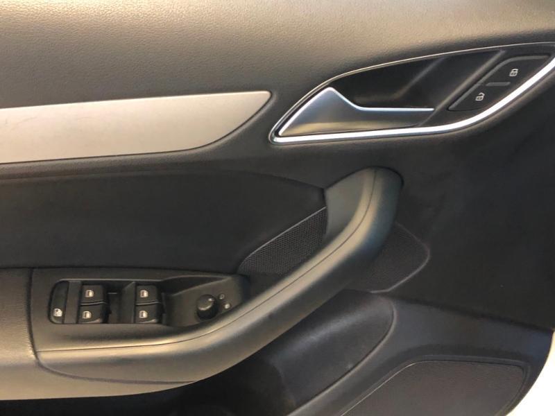 Photo 26 de l'offre de AUDI Q3 2.0 TDI 177ch Ambition Luxe quattro S tronic 7 à 22990€ chez Autovia Véhicules Multimarques