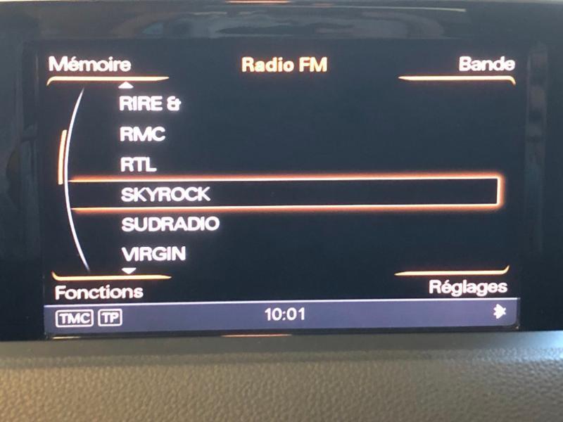 Photo 18 de l'offre de AUDI Q3 2.0 TDI 177ch Ambition Luxe quattro S tronic 7 à 22990€ chez Autovia Véhicules Multimarques