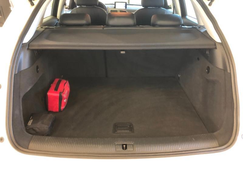 Photo 5 de l'offre de AUDI Q3 2.0 TDI 177ch Ambition Luxe quattro S tronic 7 à 22990€ chez Autovia Véhicules Multimarques