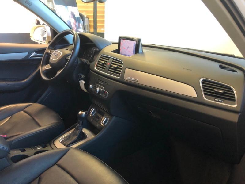 Photo 13 de l'offre de AUDI Q3 2.0 TDI 177ch Ambition Luxe quattro S tronic 7 à 22990€ chez Autovia Véhicules Multimarques