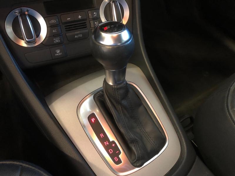 Photo 7 de l'offre de AUDI Q3 2.0 TDI 177ch Ambition Luxe quattro S tronic 7 à 22990€ chez Autovia Véhicules Multimarques