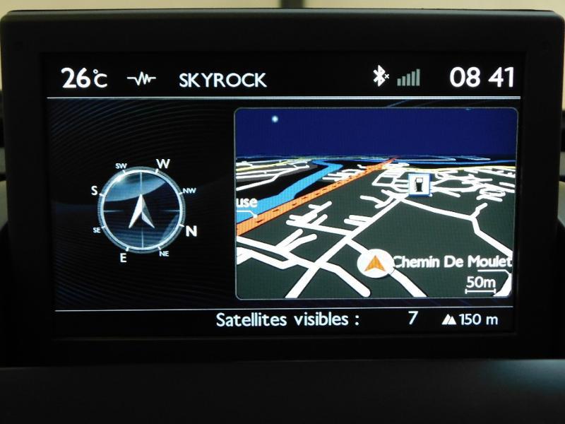 Photo 14 de l'offre de PEUGEOT 3008 1.6 BlueHDi 120ch Style II S&S à 11490€ chez Autovia Véhicules Multimarques