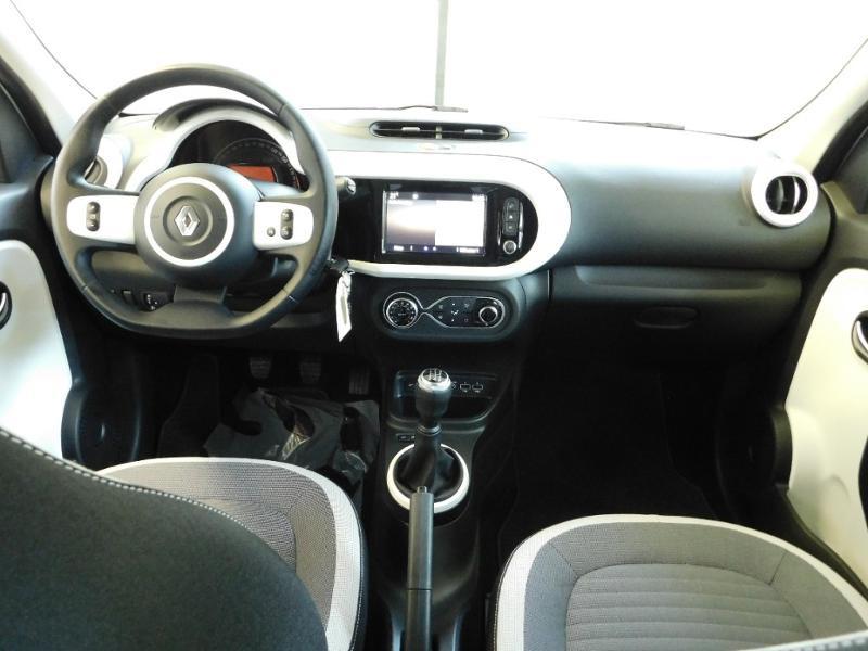Photo 2 de l'offre de RENAULT Twingo 1.0 SCe 65ch Zen - 21 à 12890€ chez Autovia Véhicules Multimarques
