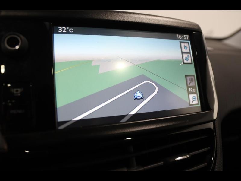 Photo 18 de l'offre de PEUGEOT 2008 1.6 e-HDi115 FAP Allure à 10890€ chez Autovia Véhicules Multimarques