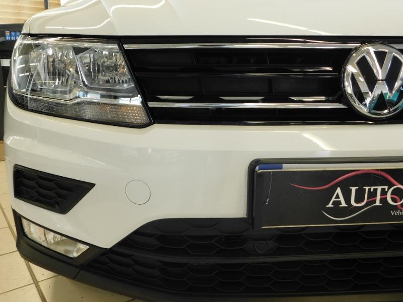 Photo 5 de l'offre de VOLKSWAGEN Tiguan 2.0 TDI 150ch BlueMotion Technology Confortline à 25690€ chez Autovia Véhicules Multimarques