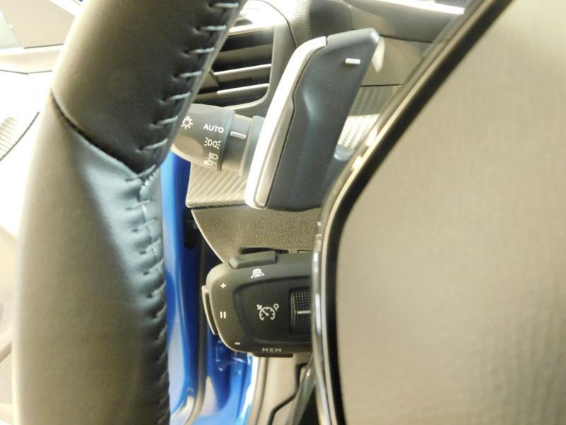 Photo 13 de l'offre de PEUGEOT 208 1.2 PureTech 100ch S&S Allure Pack EAT8 à 24690€ chez Autovia Véhicules Multimarques