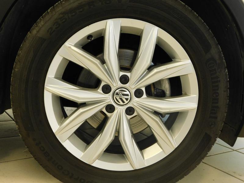 Photo 4 de l'offre de VOLKSWAGEN Tiguan 2.0 TDI 150ch BlueMotion Technology Confortline à 25690€ chez Autovia Véhicules Multimarques