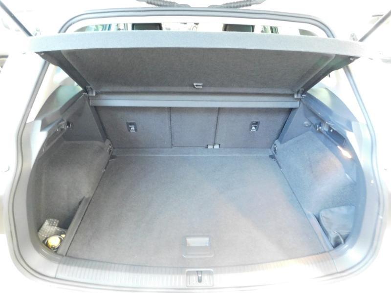 Photo 7 de l'offre de VOLKSWAGEN Tiguan 2.0 TDI 150ch BlueMotion Technology Confortline à 25690€ chez Autovia Véhicules Multimarques