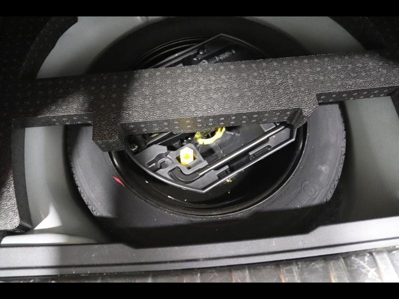 Photo 11 de l'offre de PEUGEOT 2008 1.6 e-HDi115 FAP Allure à 10890€ chez Autovia Véhicules Multimarques