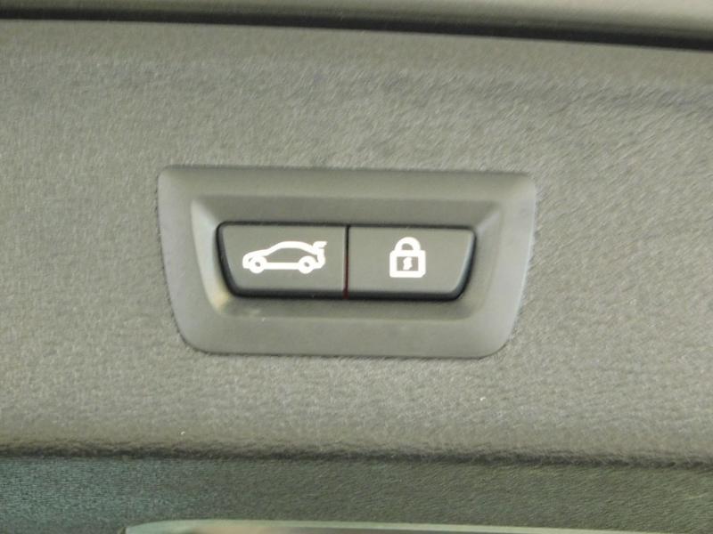Photo 9 de l'offre de BMW X3 xDrive20dA 190ch xLine à 35990€ chez Autovia Véhicules Multimarques