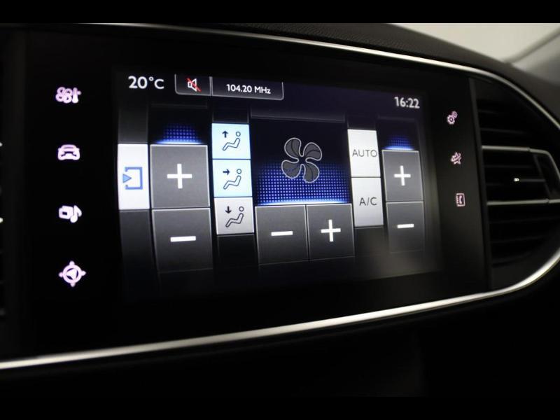 Photo 19 de l'offre de PEUGEOT 308 SW 1.6 e-HDi FAP 115ch Active à 13990€ chez Autovia Véhicules Multimarques