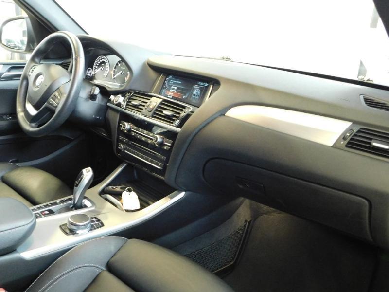 Photo 8 de l'offre de BMW X3 xDrive20dA 190ch xLine à 35990€ chez Autovia Véhicules Multimarques