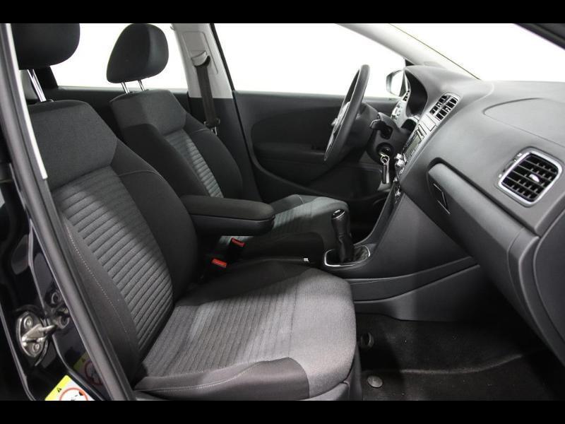 Photo 6 de l'offre de VOLKSWAGEN Polo 1.4 TDI 75ch BlueMotion Technology Trendline 5p à 12990€ chez Autovia Véhicules Multimarques