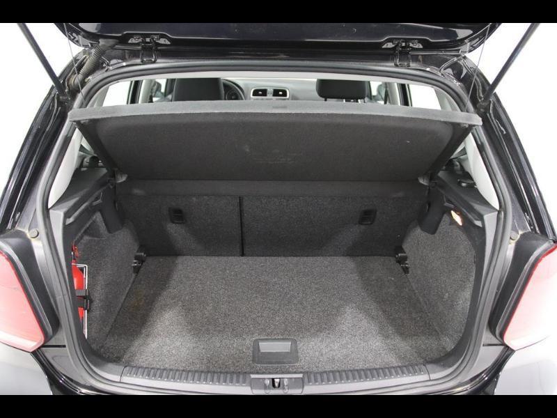 Photo 4 de l'offre de VOLKSWAGEN Polo 1.4 TDI 75ch BlueMotion Technology Trendline 5p à 12990€ chez Autovia Véhicules Multimarques