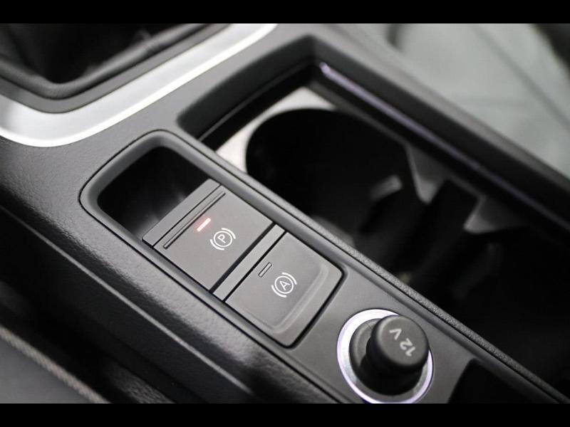 Photo 28 de l'offre de AUDI Q3 35 TFSI 150ch à 35990€ chez Autovia Véhicules Multimarques