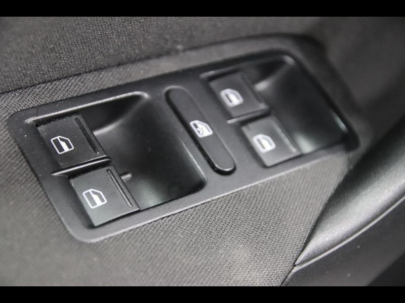 Photo 8 de l'offre de VOLKSWAGEN Polo 1.4 TDI 75ch BlueMotion Technology Trendline 5p à 12990€ chez Autovia Véhicules Multimarques