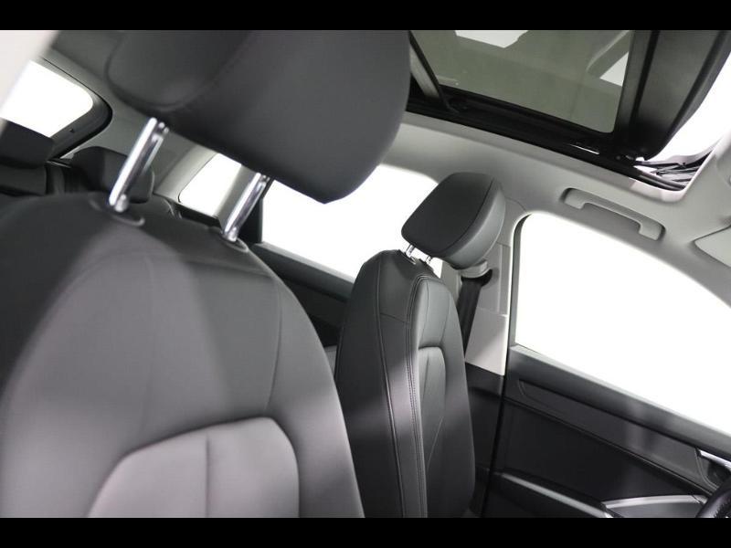 Photo 15 de l'offre de AUDI Q3 35 TFSI 150ch à 35990€ chez Autovia Véhicules Multimarques